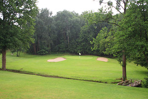 Nantes Vigneux Golf Club - twists and turns through the forest