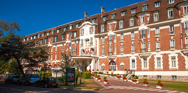 the best hotels for golf holidays in hardelot and le touquet reviews of westminster bristol. Black Bedroom Furniture Sets. Home Design Ideas